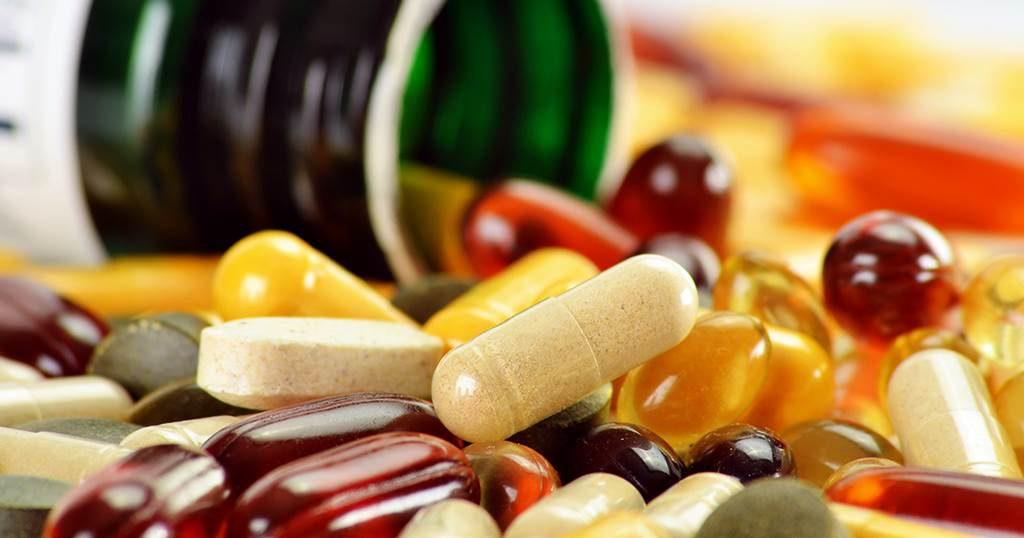 Ilustrasi-Suplemen-vitamin