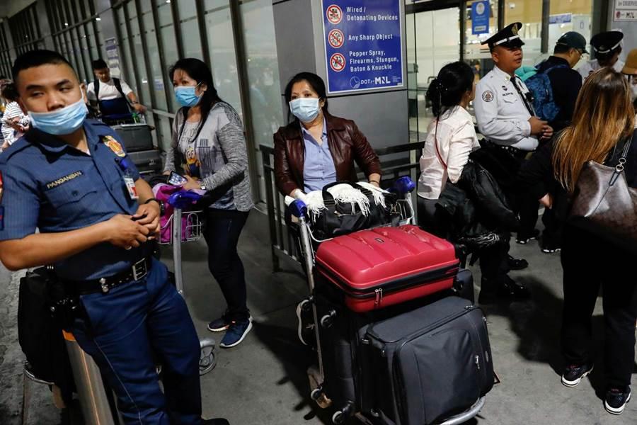 Feature Image Baru Sampai di Hong Kong , Seorang PRT Asing Dinyatakan Positif Corona (foto Reuters.com)