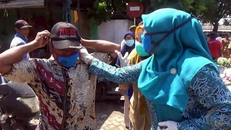 Feature Image Kesadaran Masyarakat Nganjuk Gunakan Masker Masih Sangat Rendah (Foto Faktual News)