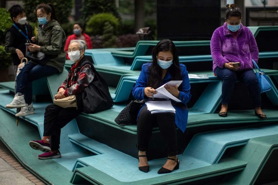Hong Kong Memberlakukan aturan Pelarangan Berkumpul Maksimal Delapan Orang (Ilustrasi Foto The Guardian)