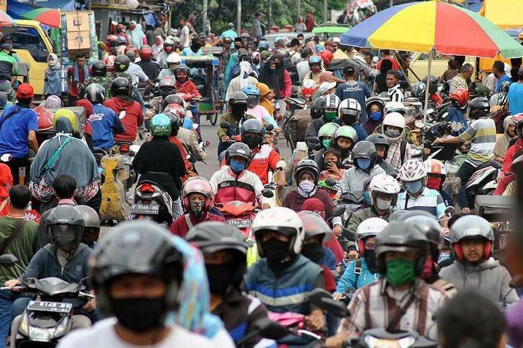 FEATURE IMAGE Satgas Nasional COVID-19 Pastikan Tak Ada Herd Immunity di Masa Pandemi (Foto Kompas.com)