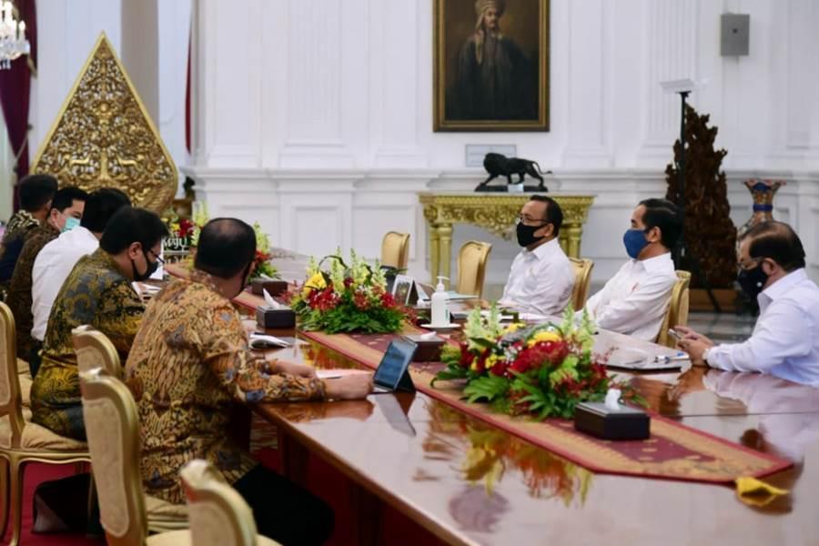 FEATURE IMAGE Indonesia Bentuk Tim Terpadu Untuk tangani Pemulihan Ekonomi Nasional Karena COVID-19 (Foto Doc. Sekretariat Kepresidenan)