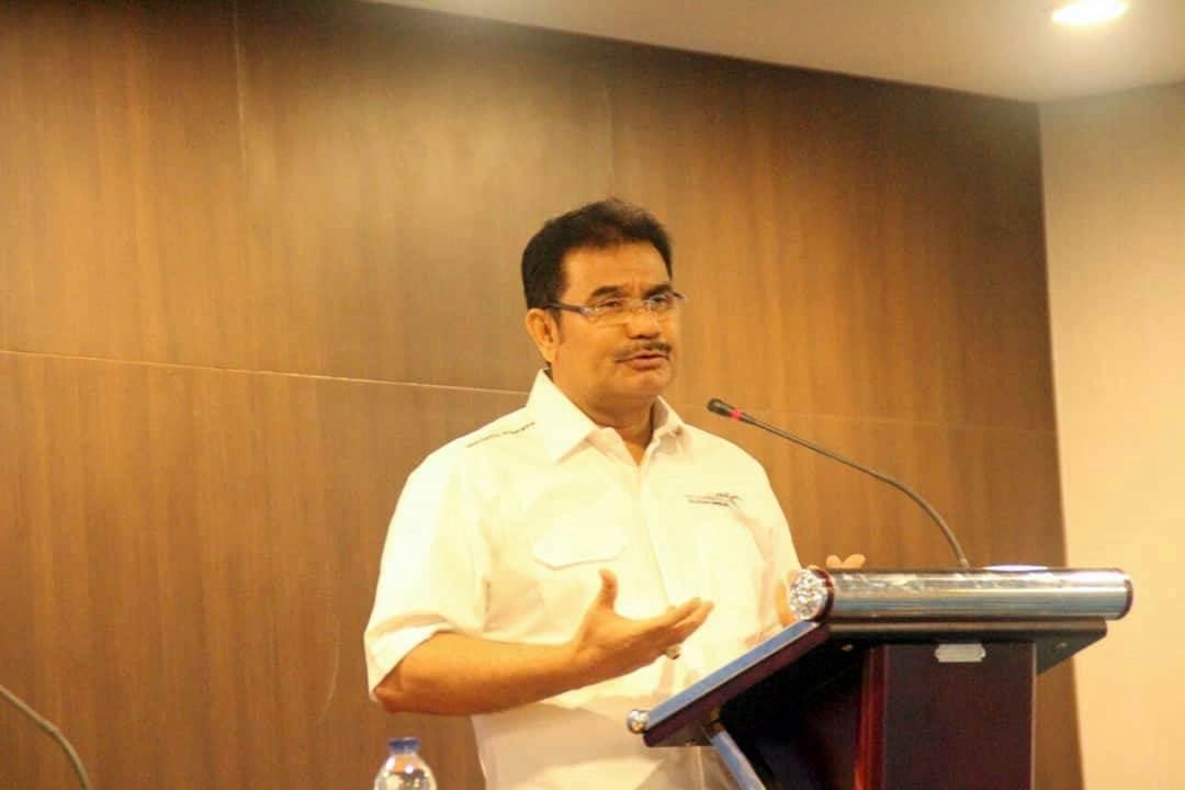 - Anggota Komisi IX DPR RI yang membidangi Ketenagakerjaan Dr. Ir. H. A.R. Sutan Adil Hendra, MM