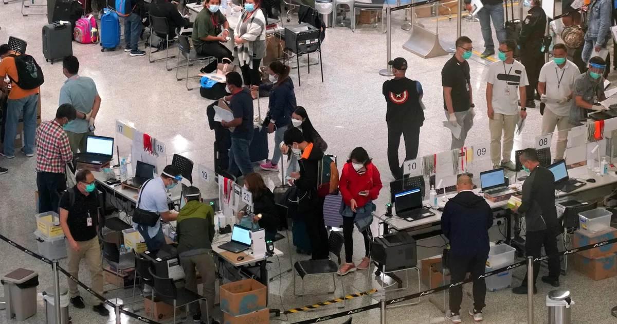 Hong Kong International Airport during pandemic (Foto Getty Image)
