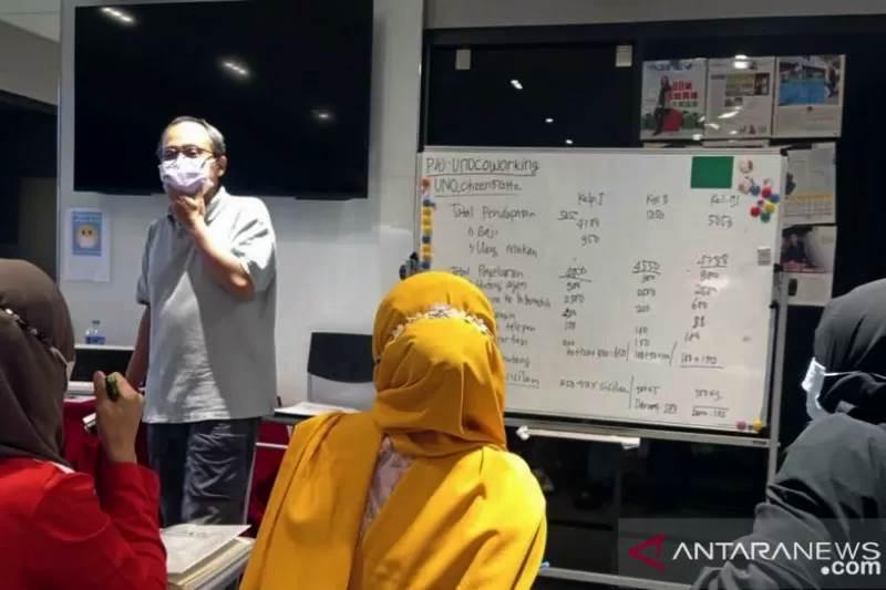 PKBM Peking mulai menggelar kegiatan belajar dan mengajar Paket C khusus untuk para pekerja migran Indonesia di Hong Kong (Foto ANTARA)
